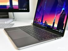foto d un Macbook pro 15